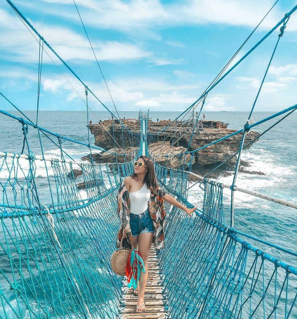 5 Pantai Di Jogja Yang Dapat Membuatmu Terpesona Pariwisataku