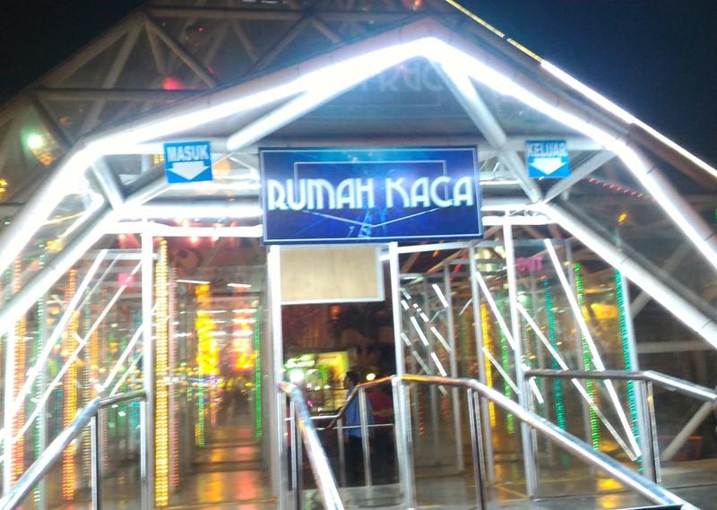 Batu Night Spectacular Bns Wahana Dan Tiket Masuk Pariwisataku