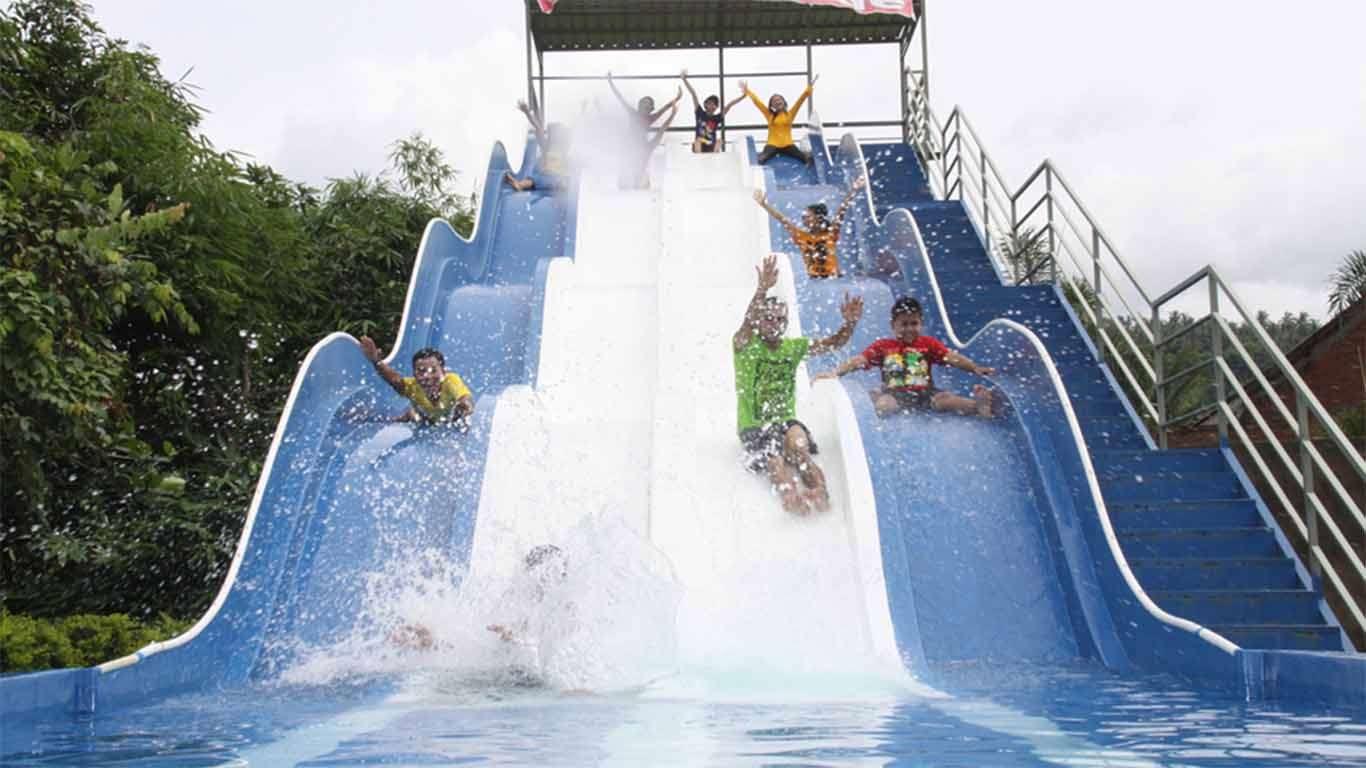Review Lokasi Dan Harga Tiket Cafless Waterpark Lombok