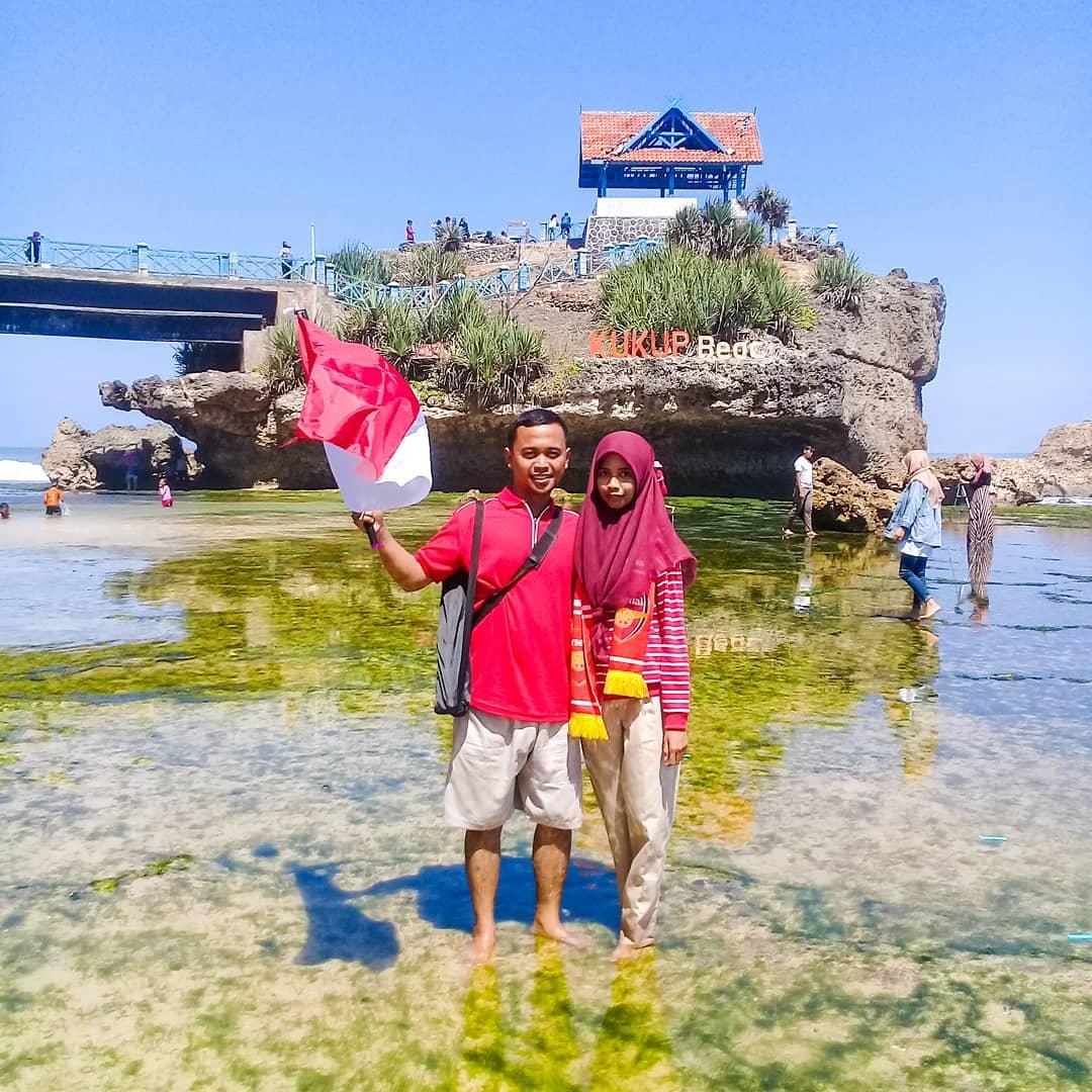 Pantai Kukup Yogyakarta Review Dan Harga Tiket Masuk Pariwisataku