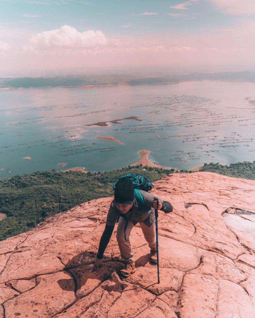 Indahnya Pesona Waduk Jatiluhur Dari Gunung Lembu Pariwisataku