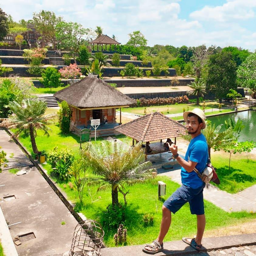 Taman Narmada Objek Wisata Sejarah Populer Di Lombok Pariwisataku